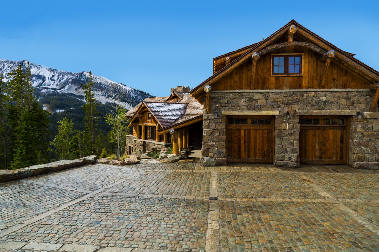 reclaimed stone driveway